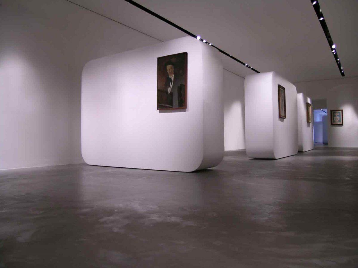 Viareggio Art Gallery Simone Micheli