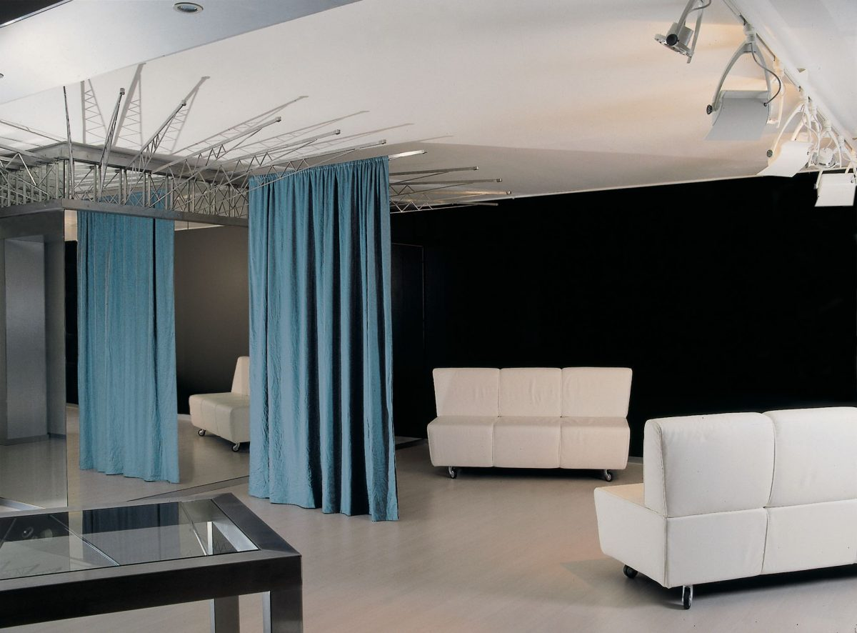 mascioni showroom Simone Micheli